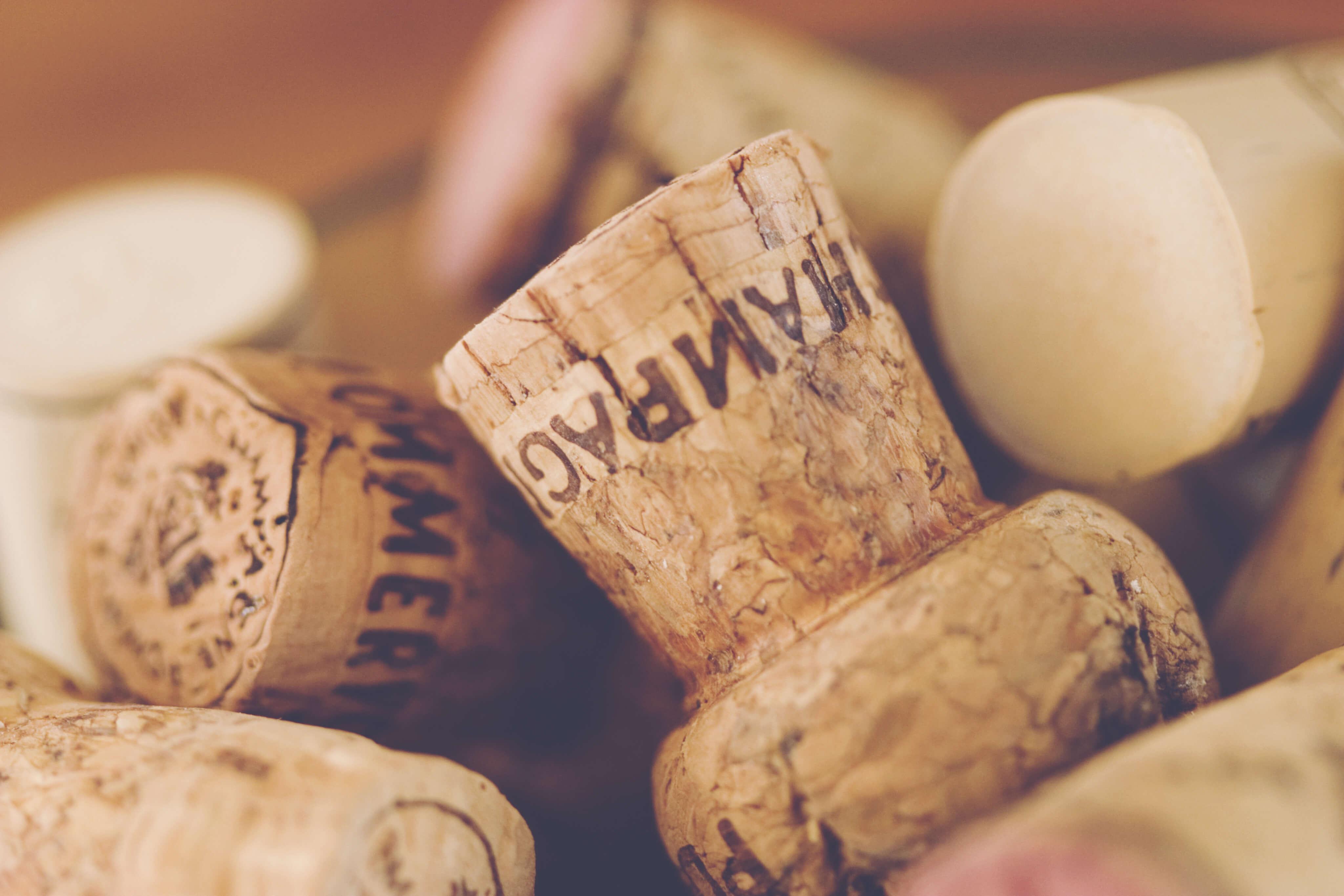 Champagne Guide - corks