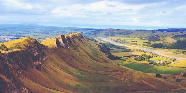 New Zealand Guide Vineyard Ridge 843x474