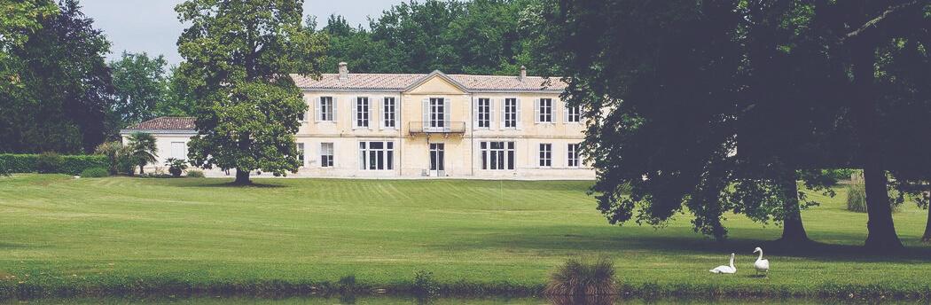 22 June EP Smith Haut Lafitte chateau